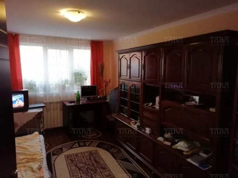 Casa Cu 2 Camere Dambul Rotund ID V655144 2
