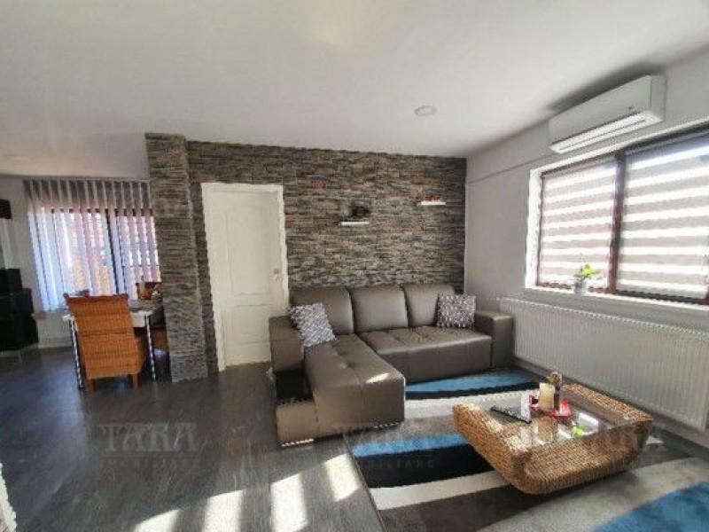 Apartament Cu 3 Camere Floresti ID V883244 2