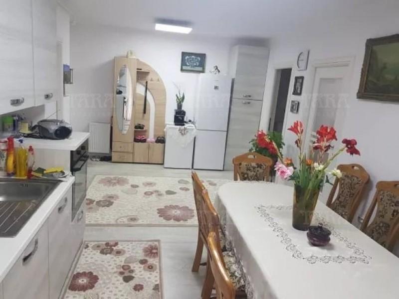 Apartament Cu 3 Camere Floresti ID V757797 2