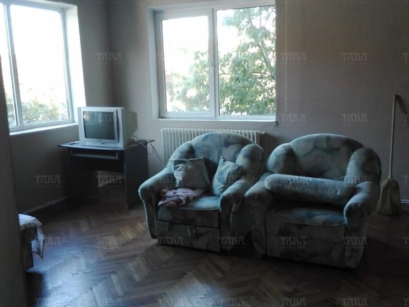 Casa Cu 4 Camere Andrei Muresanu ID V718378 5