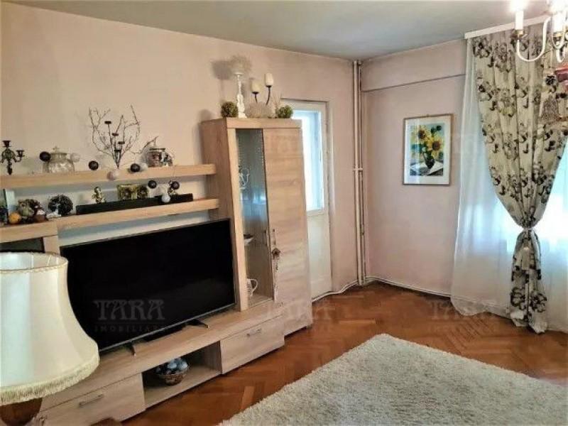 Apartament Cu 3 Camere Andrei Muresanu ID V841335 2