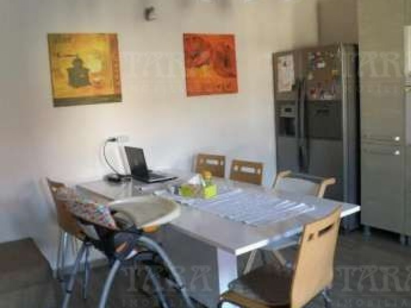 Apartament cu 5 camere, Gruia