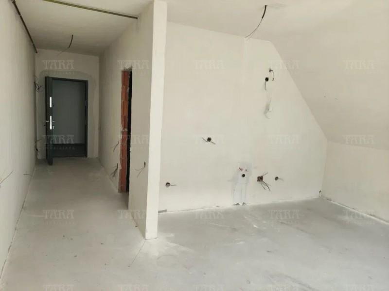 Apartament Cu 1 Camera Floresti ID V1220205 3