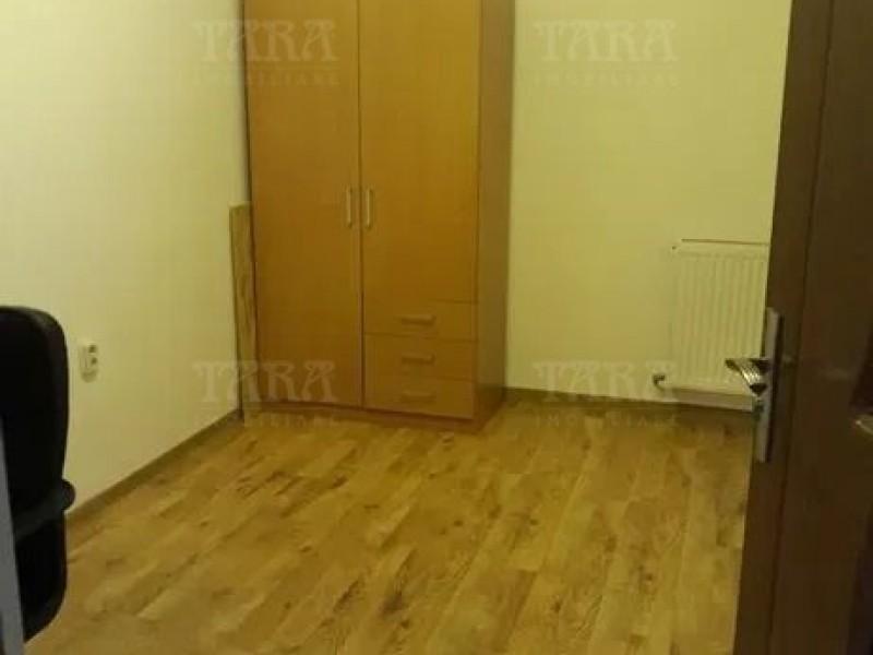 Apartament Cu 3 Camere Floresti ID V865250 2