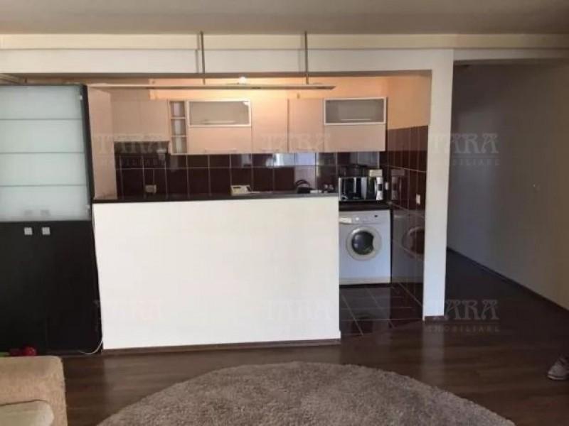 Apartament Cu 3 Camere Floresti ID V621179 3