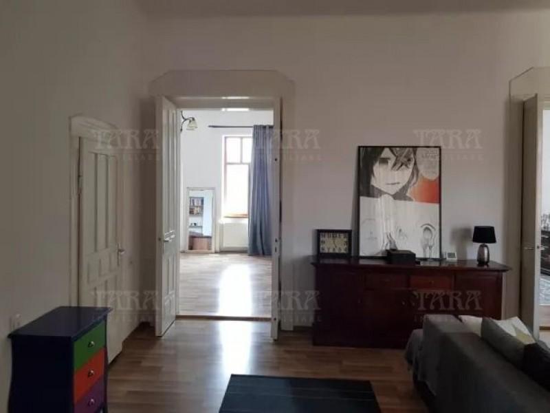 Apartament Cu 4 Camere Ultracentral ID V759723 3