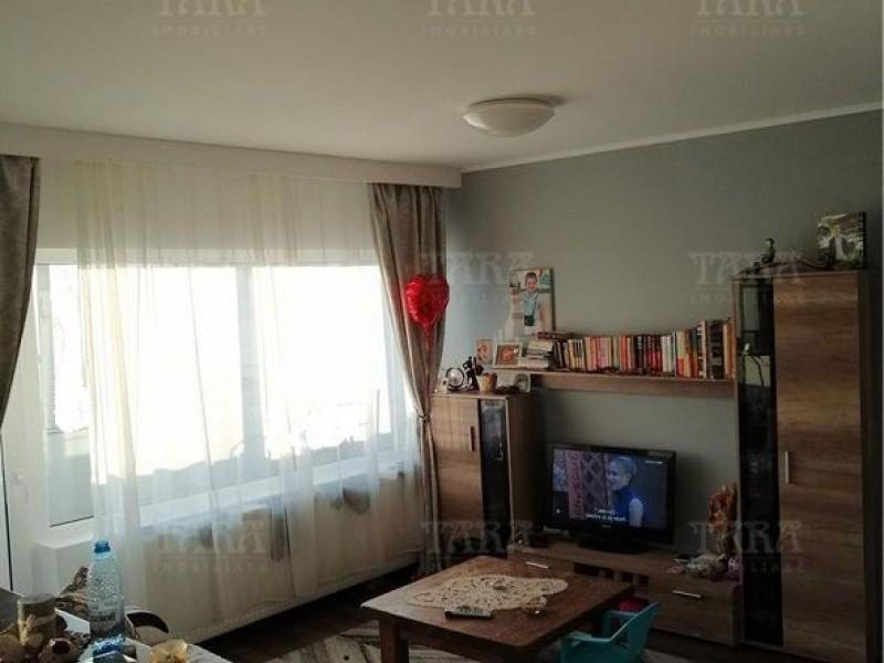 Apartament Cu 3 Camere Floresti ID V900824 9