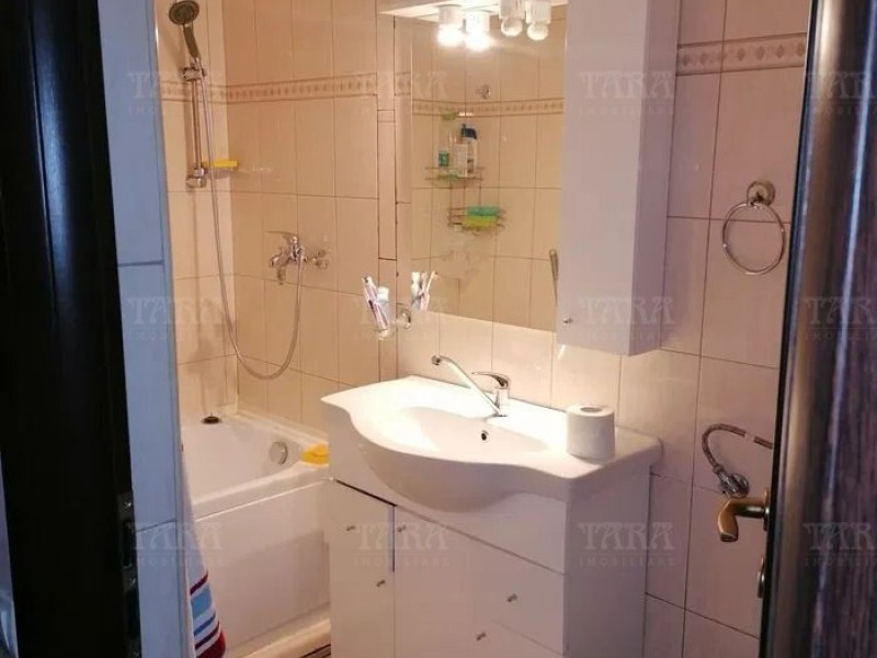 Apartament Cu 2 Camere Floresti ID V1165924 6