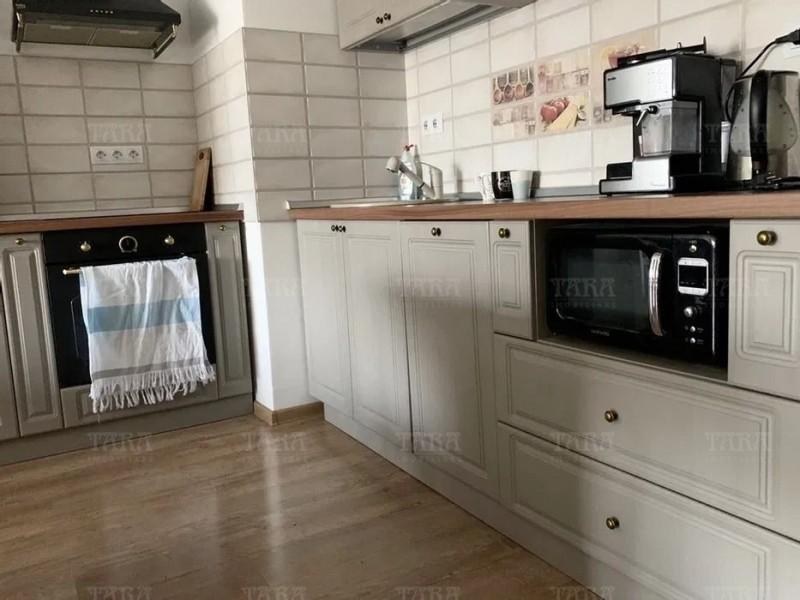 Apartament Cu 2 Camere Semicentral ID V1062108 4