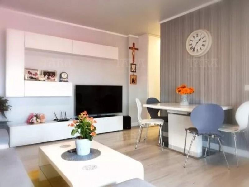 Apartament Cu 3 Camere Floresti ID V790104 2