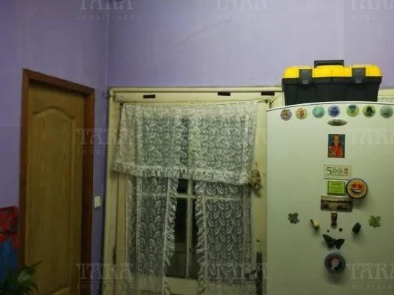 Casa Cu 3 Camere Semicentral ID V642351 4