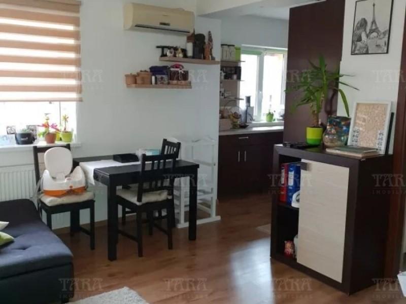 Apartament Cu 2 Camere Floresti ID V667332 3