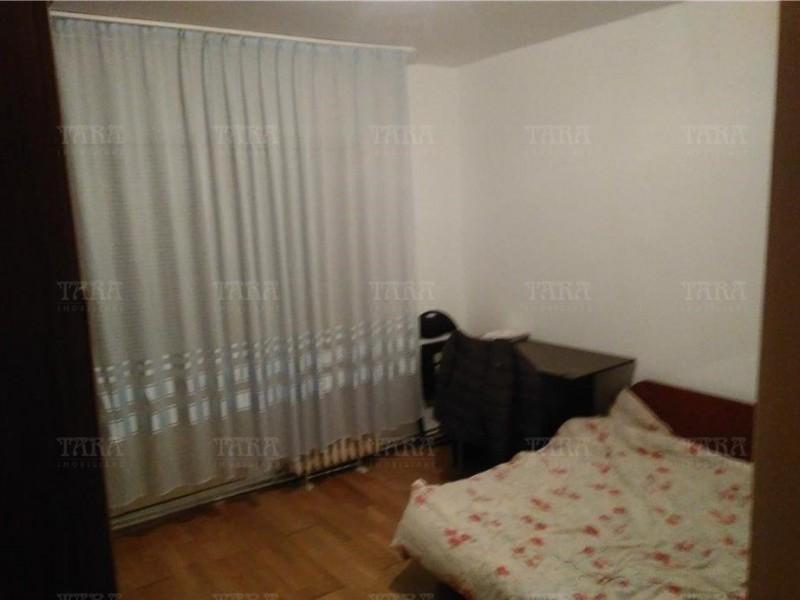 Apartament Cu 3 Camere Plopilor ID V864757 4