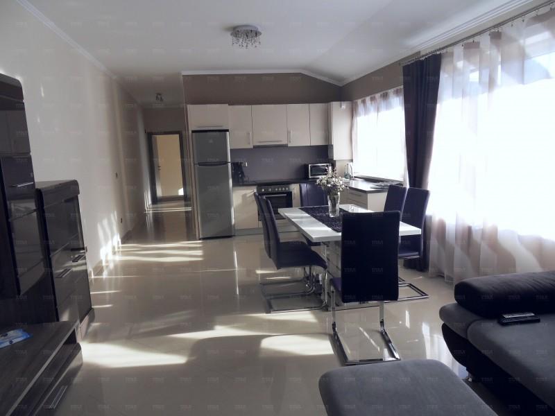 Apartament Cu 3 Camere Semicentral ID I146073 2