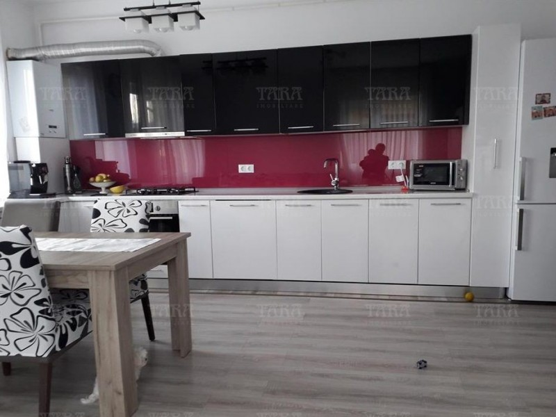 Apartament Cu 3 Camere Baciu ID V665782 1