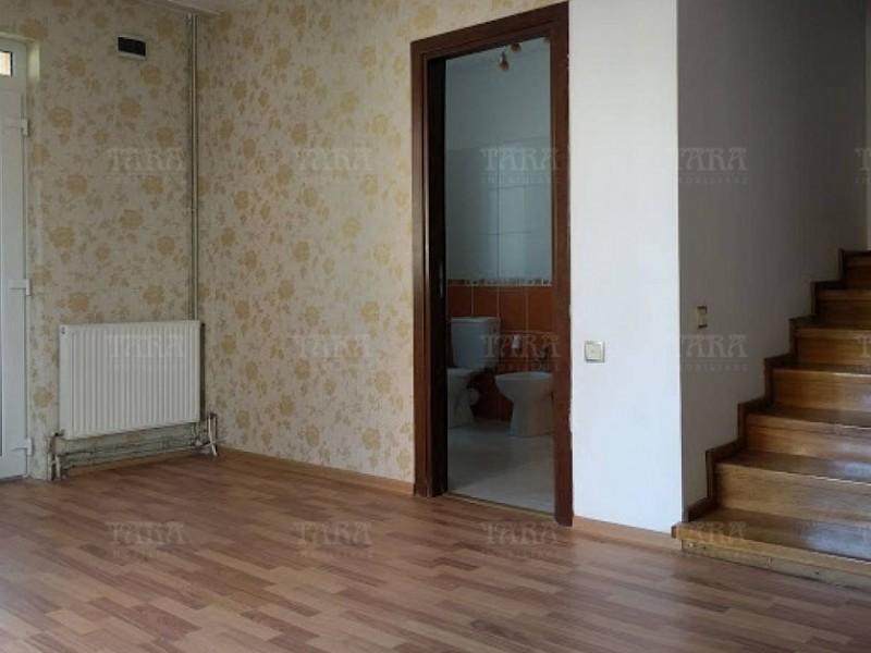 Apartament Cu 4 Camere Floresti ID V483273 3