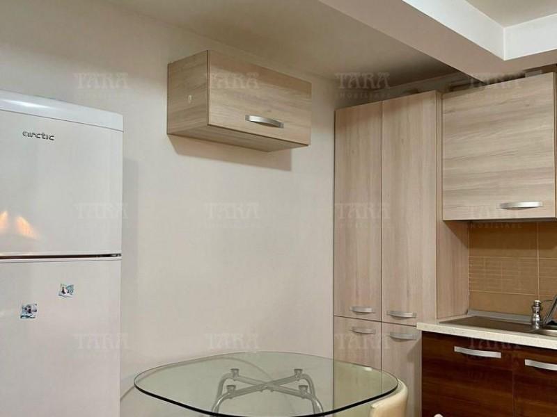 Apartament Cu 3 Camere Semicentral ID I303716 3