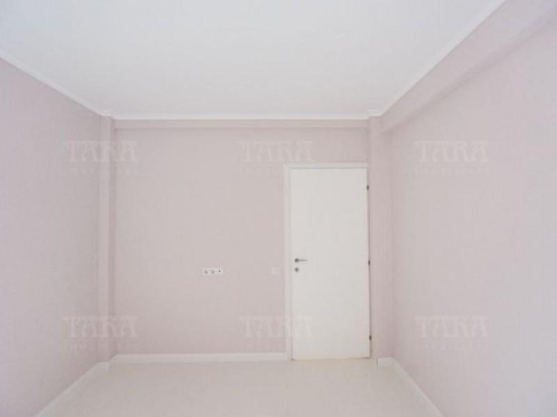 Apartament Cu 3 Camere Floresti ID V332682 2