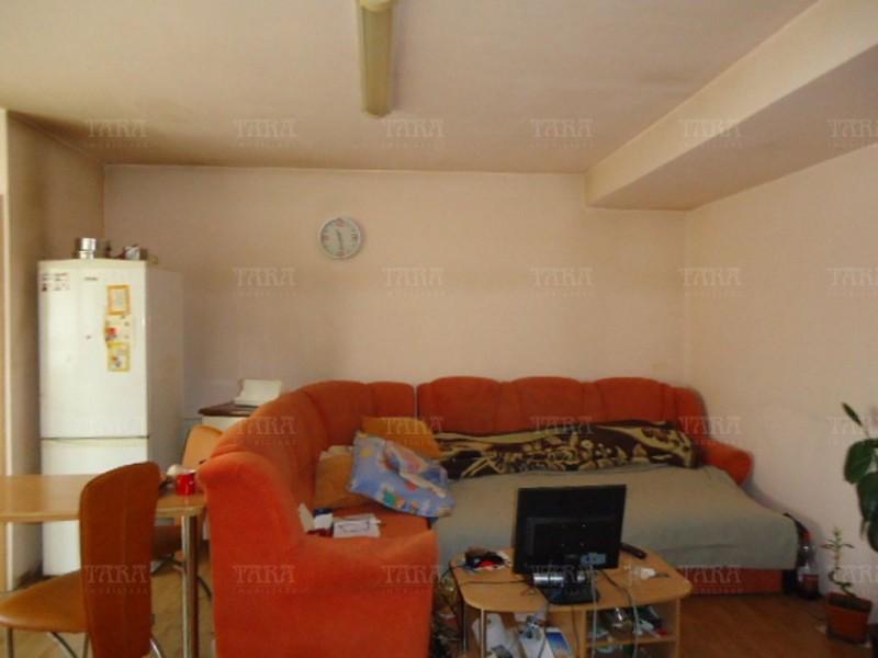 Apartament Cu 3 Camere Floresti ID V985021 3