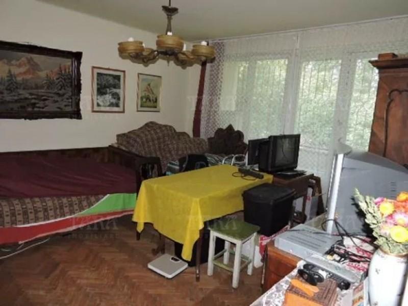 Apartament Cu 3 Camere Semicentral ID V626575 3