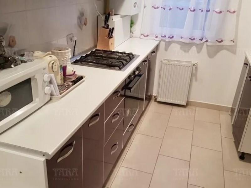Apartament Cu 3 Camere Floresti ID V708794 3
