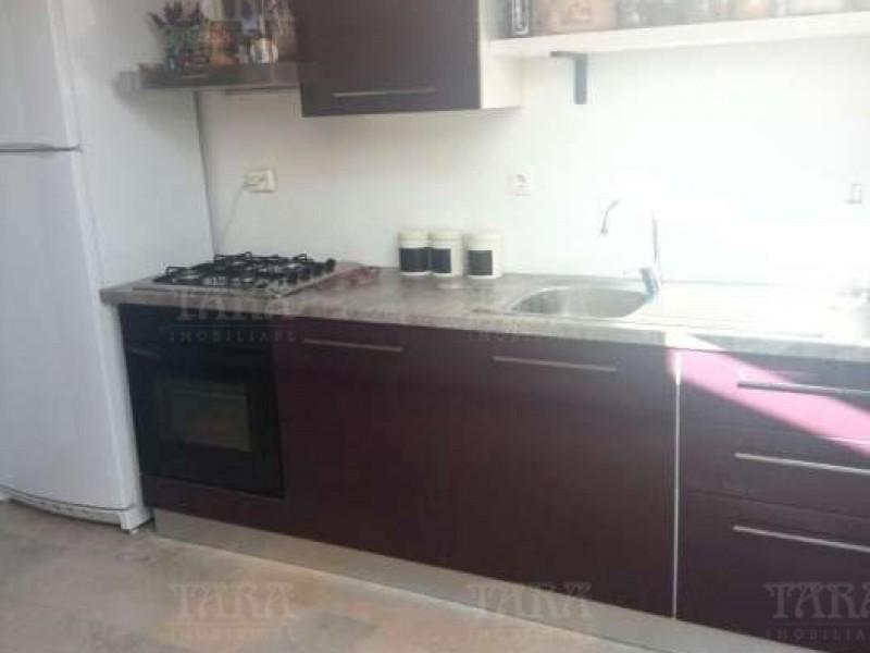 Apartament Cu 3 Camere Floresti ID V450062 2