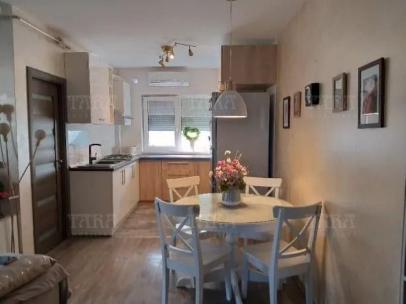 Apartament Cu 3 Camere Borhanci ID V777677 2