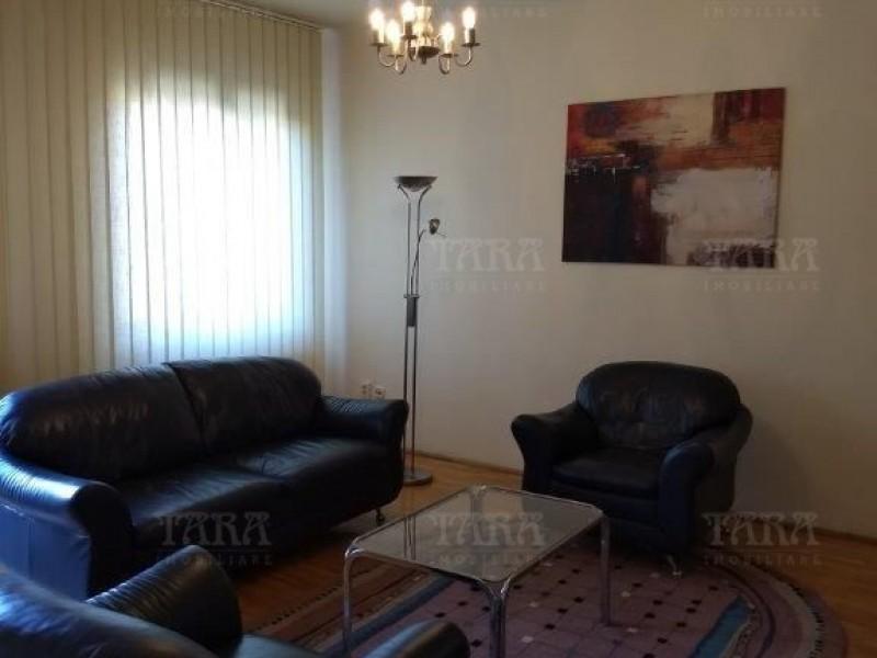 Apartament Cu 3 Camere Ultracentral ID I292050 2
