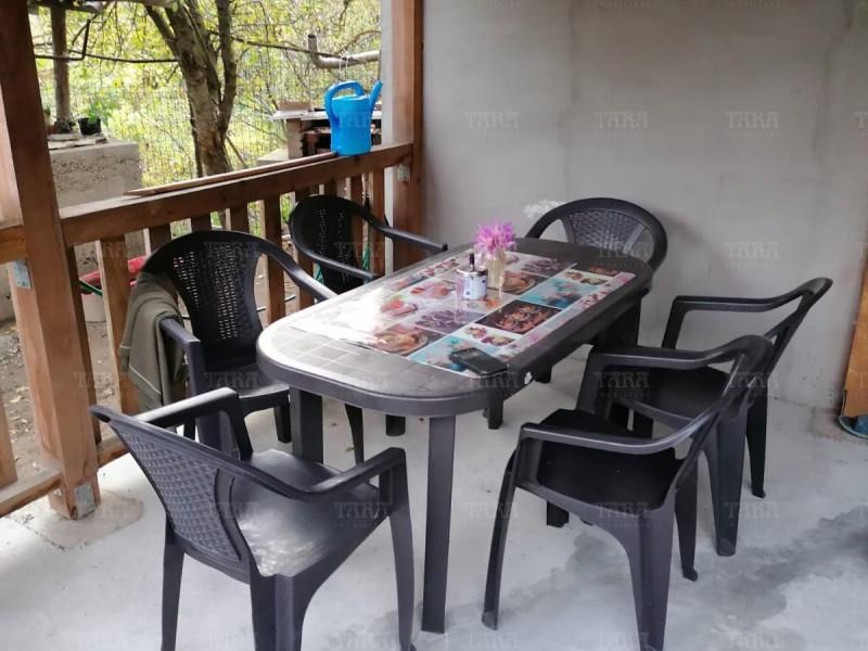 Casa Cu 3 Camere Vistea ID V1052275 16