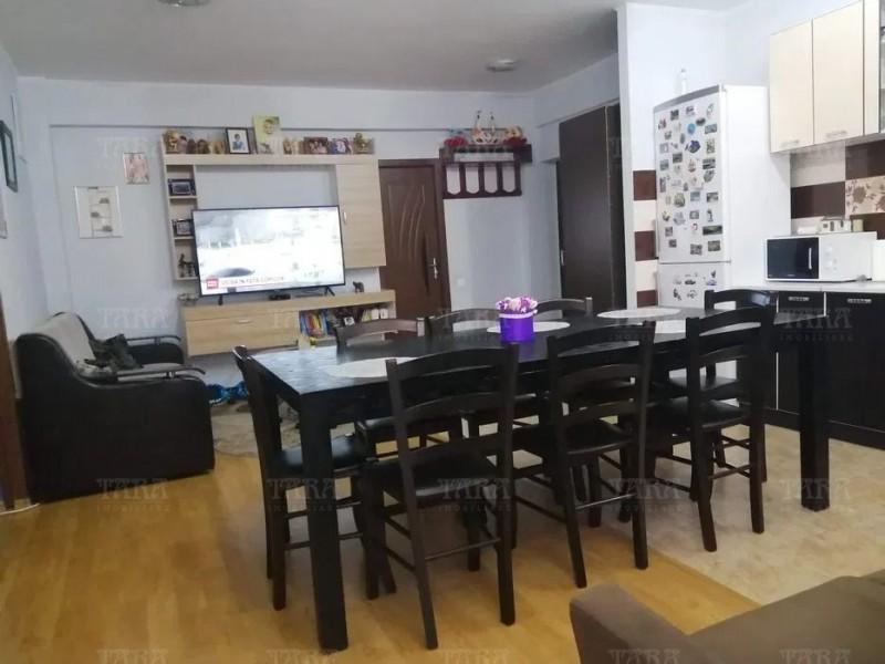 Apartament Cu 3 Camere Floresti ID V1036043 2