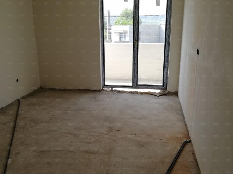 Apartament Cu 3 Camere Floresti ID V544643 2