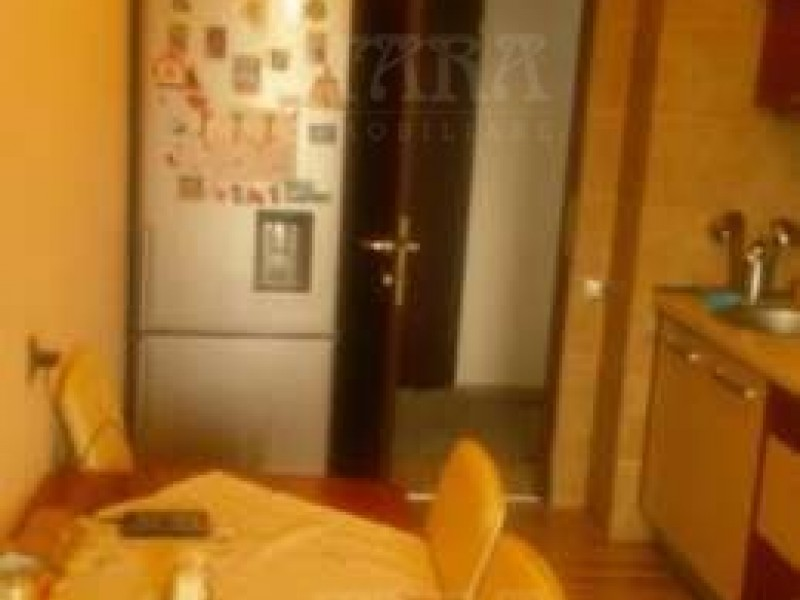Apartament Cu 3 Camere Baciu ID V370749 5