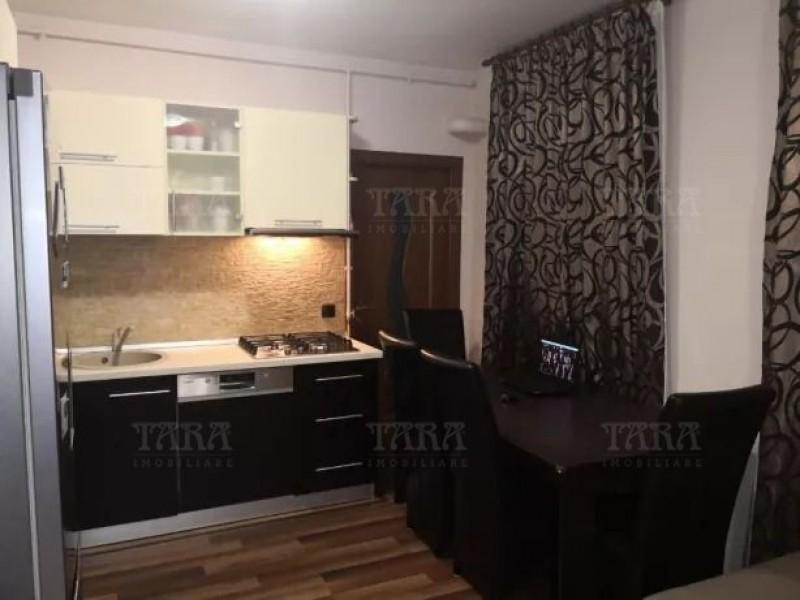 Apartament Cu 3 Camere Floresti ID V656838 2