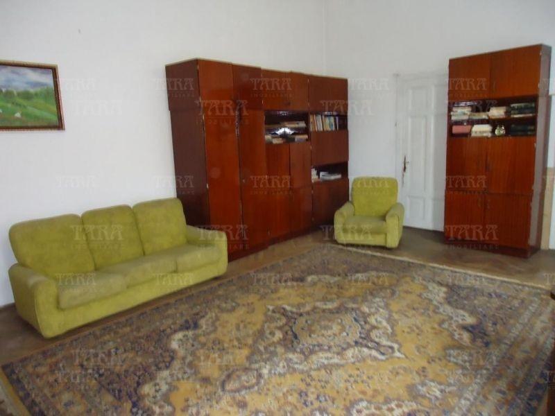 Apartament Cu 3 Camere Ultracentral ID V200032 2