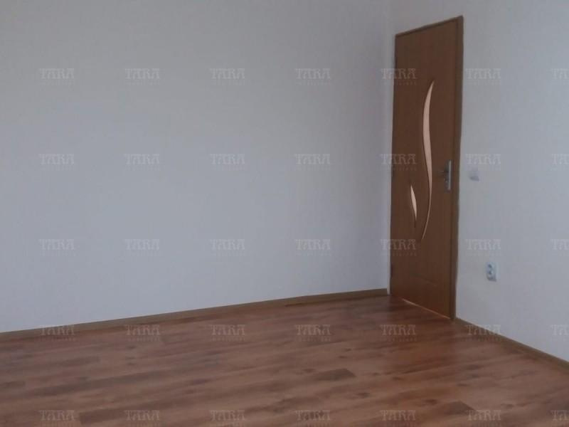 Apartament Cu 2 Camere Floresti ID V1247810 3