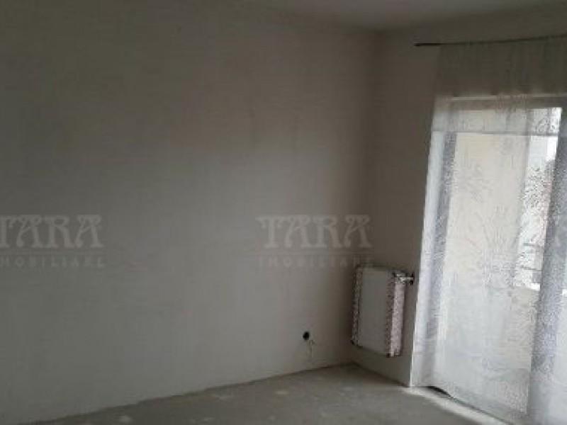 Apartament cu 3 camere, Apahida