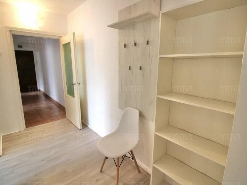 Apartament Cu 3 Camere Semicentral ID V1006154 2