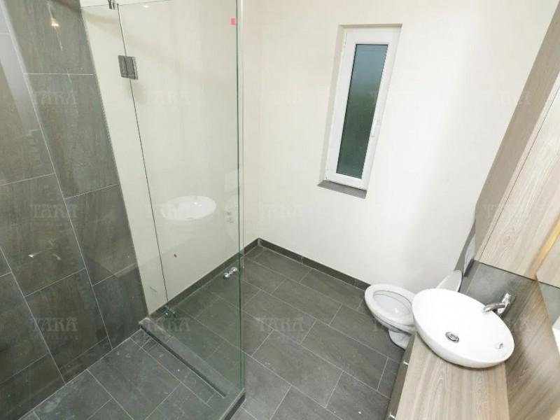 Apartament Cu 2 Camere Floresti ID V1062471 4
