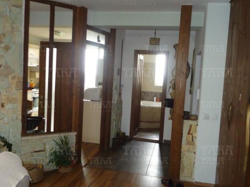 Apartament Cu 4 Camere Europa ID V200943 4