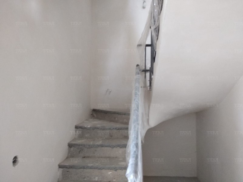 Casa Cu 4 Camere Gruia ID V733116 9