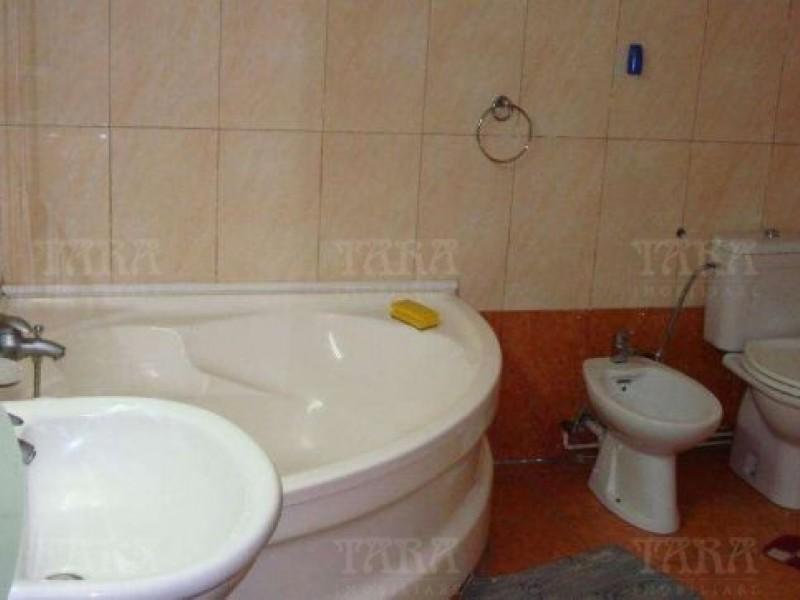 Apartament Cu 6 Camere Gruia ID V224067 6