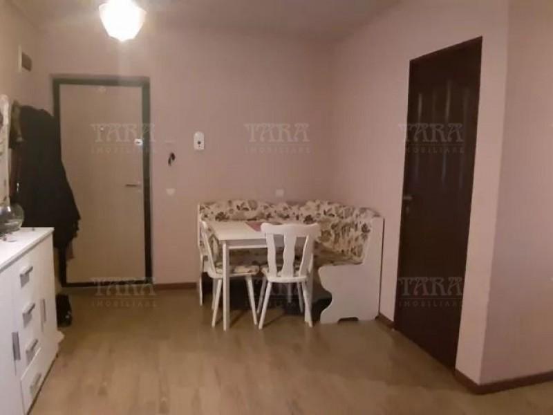 Apartament Cu 2 Camere Floresti ID V840530 2