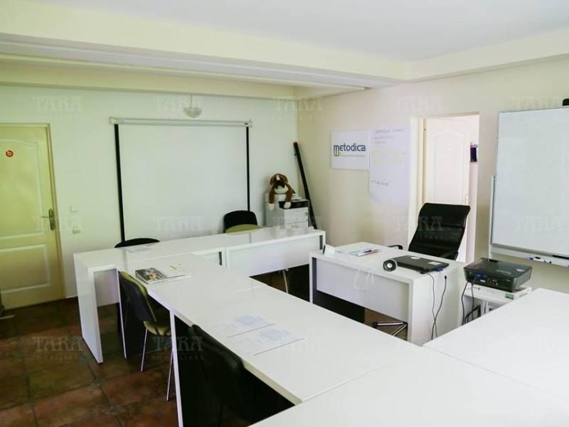 Apartament Cu 3 Camere Andrei Muresanu ID V438136 2