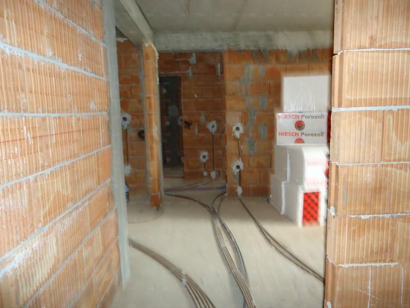 Apartament Cu 3 Camere Floresti ID V564208 2