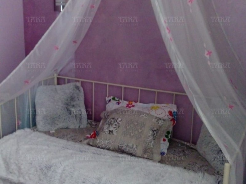 Apartament Cu 3 Camere Dambul Rotund ID V585676 5