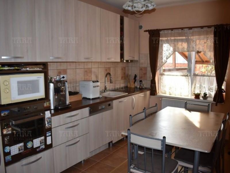 Casa Cu 4 Camere Floresti ID V646115 2