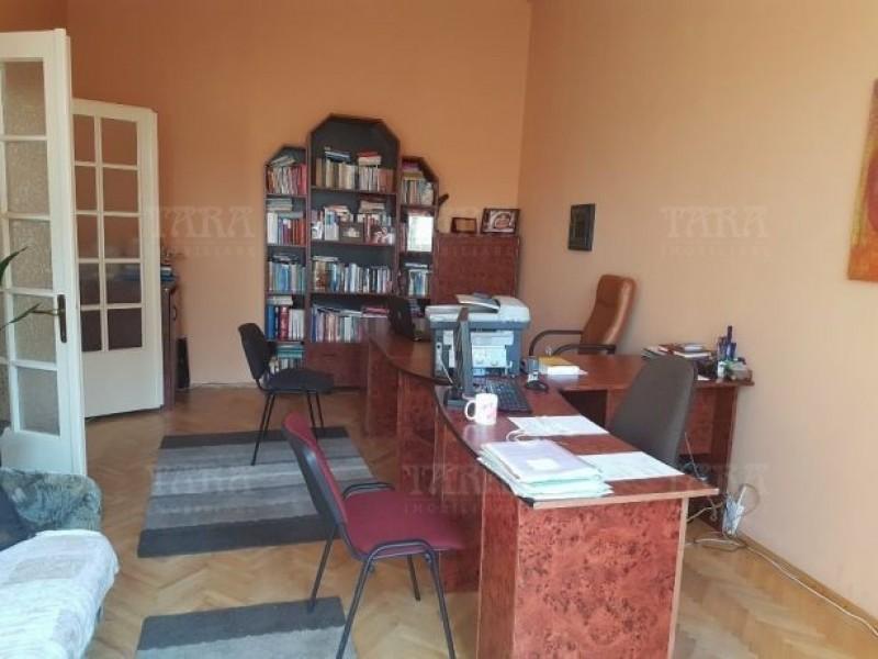 Apartament Cu 2 Camere Semicentral ID V520736 2