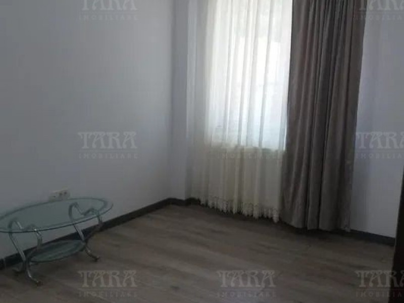 Apartament Cu 3 Camere Floresti ID V997811 4