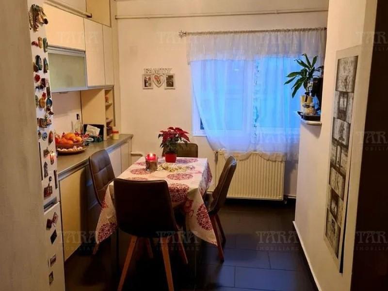 Apartament Cu 3 Camere Plopilor ID V1091208 6