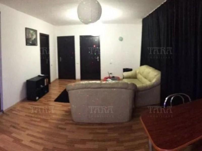 Apartament Cu 3 Camere Floresti ID V647775 1